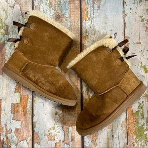UGG BAILEY BOW chestnut brown size 5